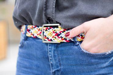 Gürtel aus Gummibändern flechten DIY Anleitung zum selbermachen