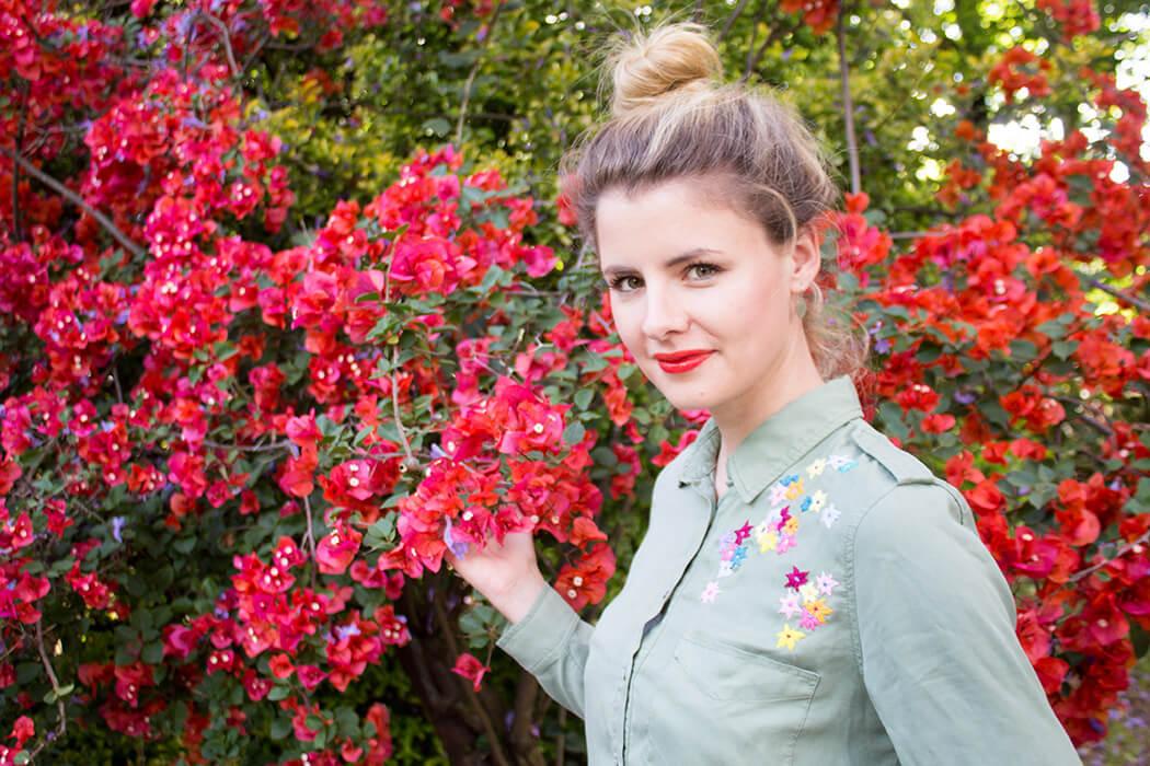 Linda Blumen bestickte Bluse DIY Blog lindaloves.de