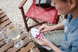 Sticken lernen - DIY Espandrilles besticken - Mode Fashion Accessoires DIY Blog